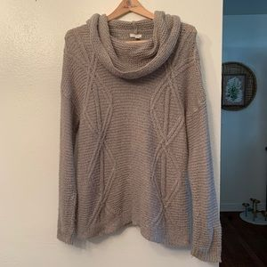 Grey and Silver Chunky Knit Sweater, L